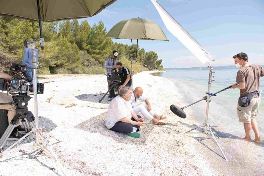 Plus belle la vie sur la plage abandonnée, coquillages et crustacés…