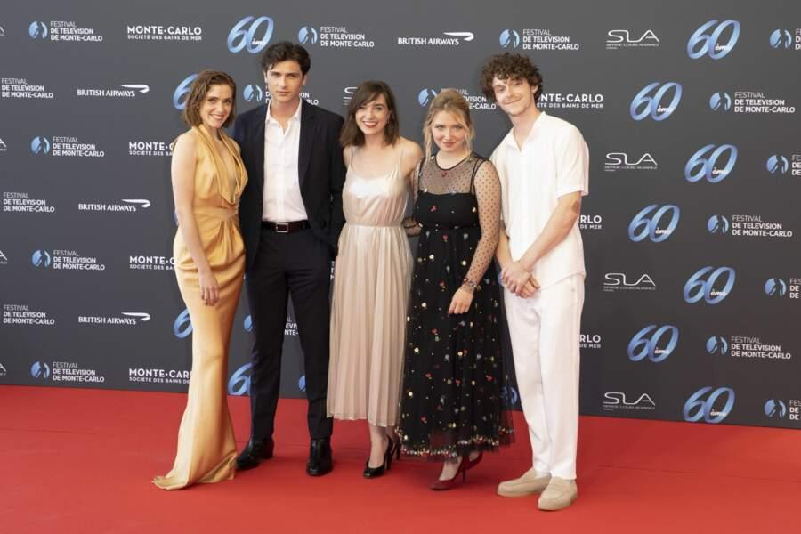 Maud Wyler, Baptiste Masseline, Nina Meurisse, Lula Cotton Frapier et Gaspard Meier-Chaurand, qui sont au casting de la série Mixte.
