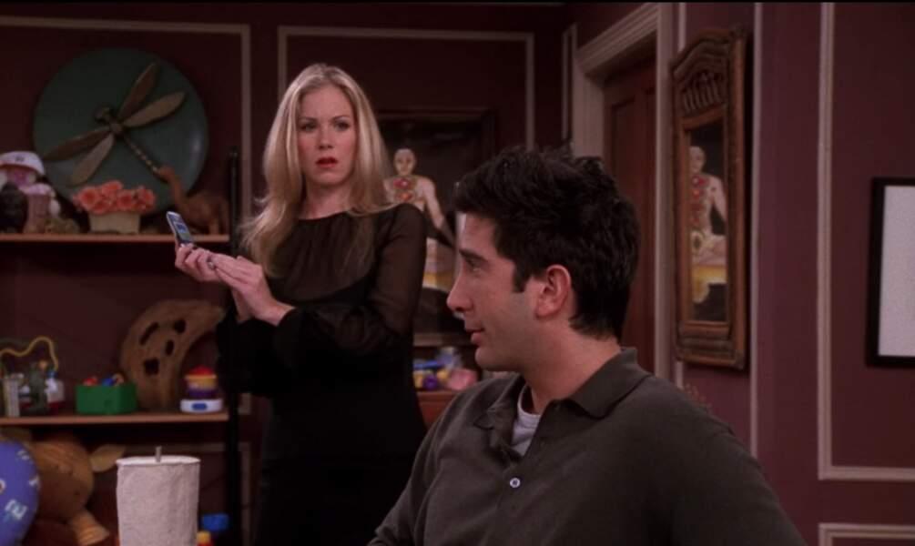 Dans la catégorie, sœur insupportable de Rachel, voici Amy, jouée par Christina Applegate