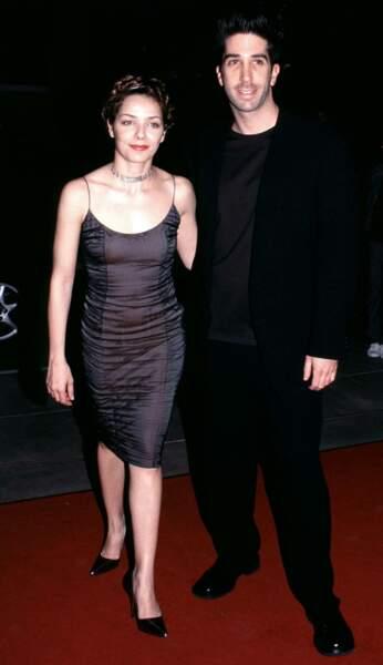 Après une relation avec la chanteuse australienne Natalie Imbruglia, David Schwimmer a eu une histoire avec l'actrice et mannequin israélienne Mili Avital