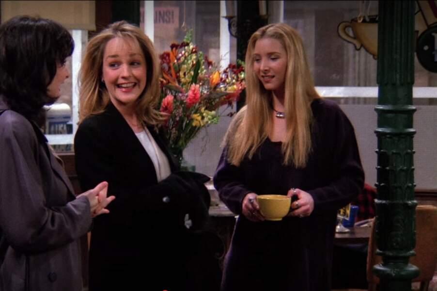 Qui confond Phoebe et sa soeur jumelle, Ursula ? Helen Hunt !