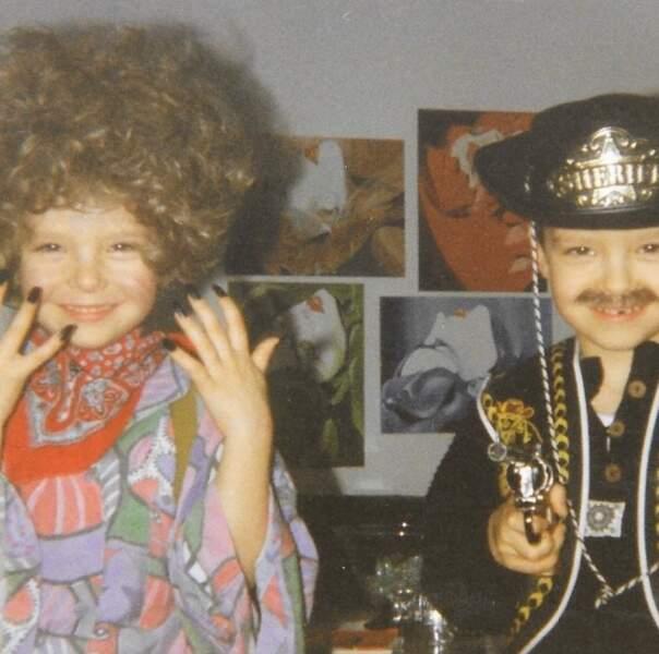 Vous les reconnaissez ? Ce sont les jumeaux de Tokio Hotel, Bill (à gauche) et Tom (à droite).