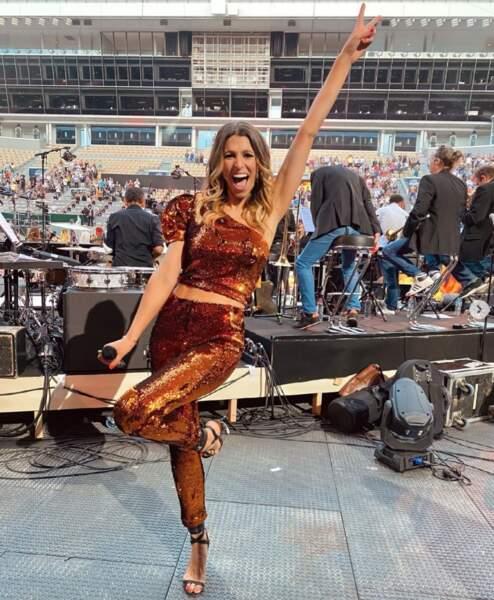 Laury Thilleman avait revêtu ses habits de lumière pour la Fête de la Musique sur France 2 ce lundi.