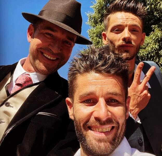 Si vous avez manqué l'info, ce week-end, c'était le mariage de Mathieu et Alexandre ! Emeric (saison 13) était invité à la noce...