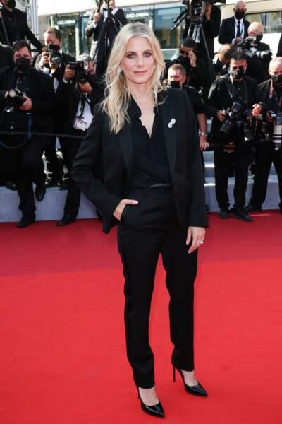 Mélanie Laurent en costume !