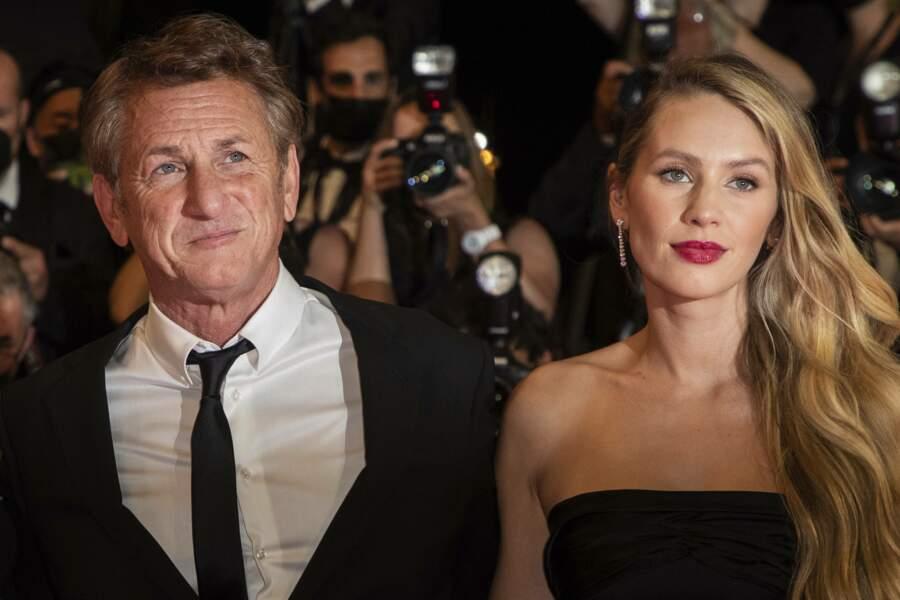 Père et fille, Sean et Dylan Penn sont enfin réunis sur le tapis rouge de Cannes le 10 juillet 2021