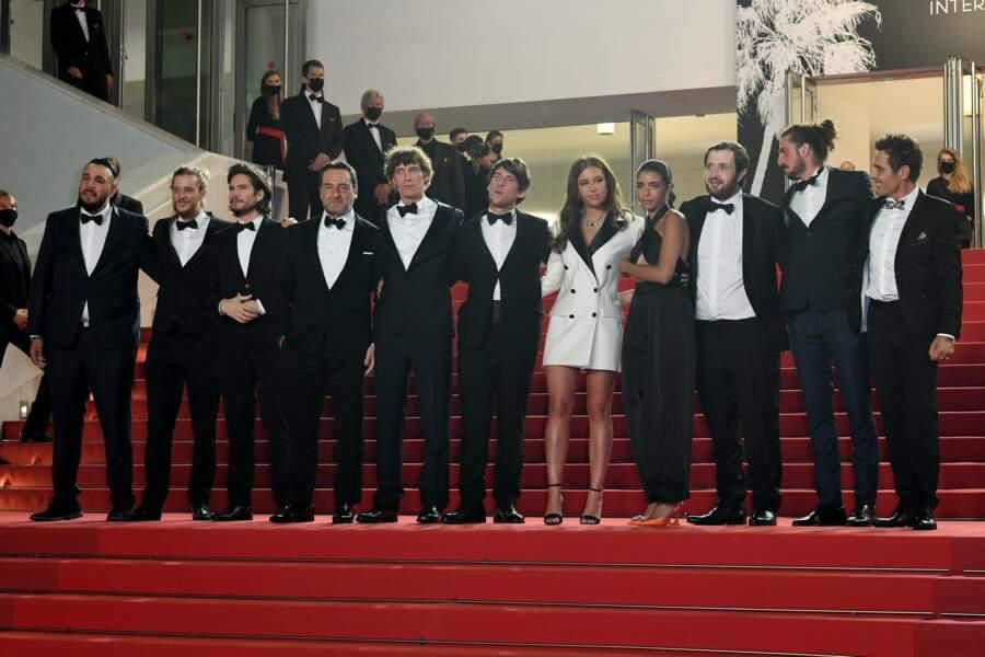 Festival de Cannes 2021 : la montée des marches du film BAC Nord avec Gilles Lellouche, François Civil et Adèle Exarchopoulos
