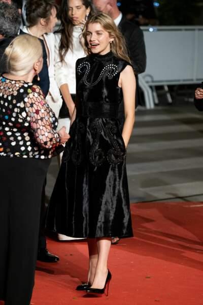 La comédienne Galatéa Bellugi a misé sur une petite robe noire