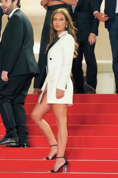 """Adele Exarchopoulos sur le tapis rouge pour """"Bac nord"""""""