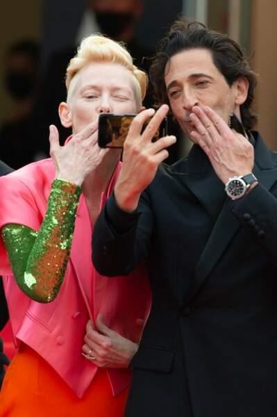 """""""Des bises de Cannes"""", voilà sans doute le message envoyé par Tilda Swinton et Adrien Brody"""