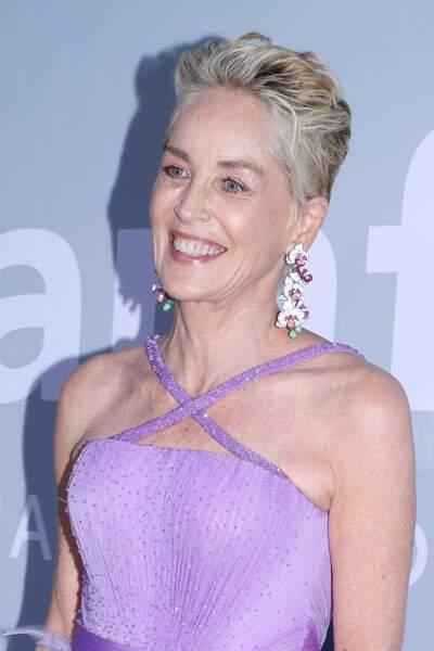 Ce vendredi 16 juillet, Sharon Stone présidait le gala de l'Amfar, destiné à récolter des fonds pour la recherche contre le Sida, qui a lieu chaque année en marge du Festival de Cannes.