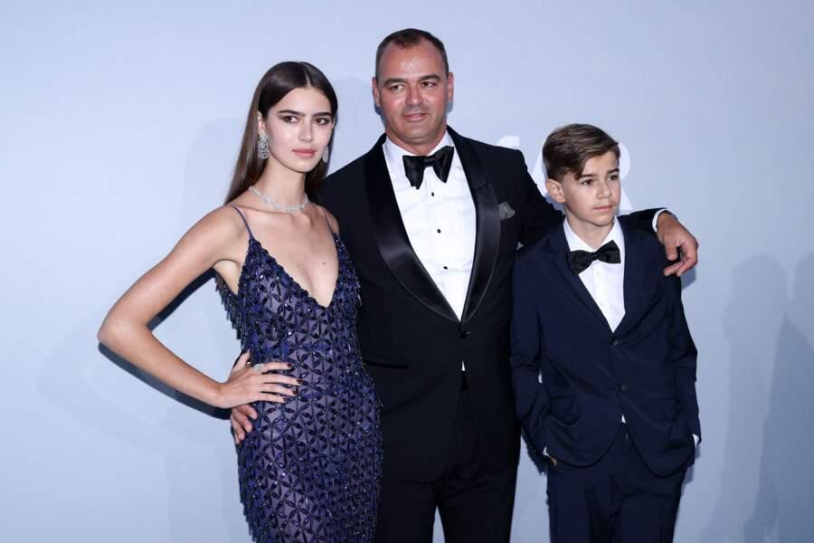 Milutin G. Gatsby est lui aussi venu en famille, avec ses deux enfants, Helena and Alex Gatsby.