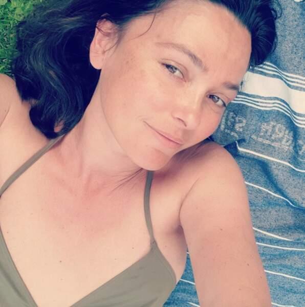 Selfie sans maqillage pour Sandrine Quétier.