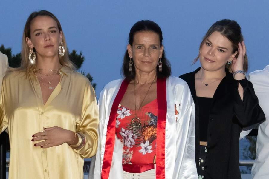 Pauline Ducruet, la princesse Stéphanie de Monaco et Camille Gottlieb ont assisté au gala Fight Aids Monaco 2021, samedi 24 juillet, à Monte-Carlo.