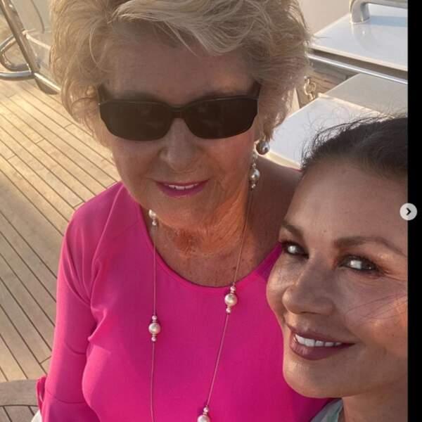 Catherine Zeta-Jones et sa maman Patricia.