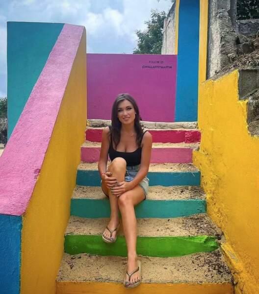 Elsa Esnoult voyait la vie aux couleurs de l'arc-en-ciel à Saint-Martin.