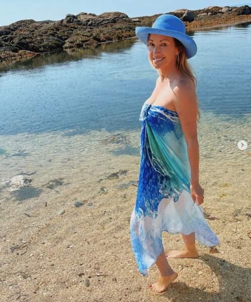 Et d'assortir votre tenue à la mer. Oui, c'est le règlement international, c'est comme ça.