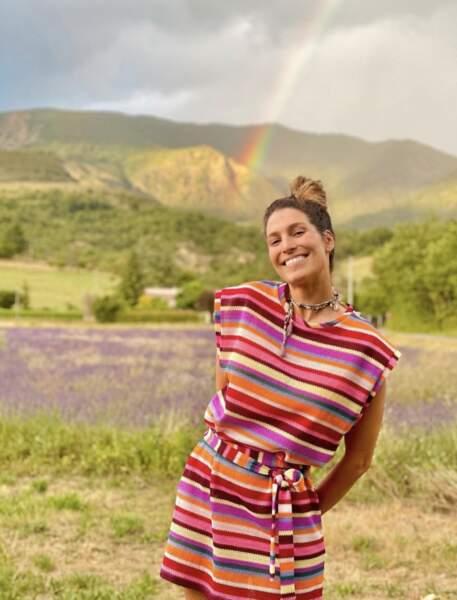 Grande adepte de la van life, Laury Thilleman a parcouru plusieurs régions de France, avant de s'arrêter aux Alpes pour des vacances en famille !