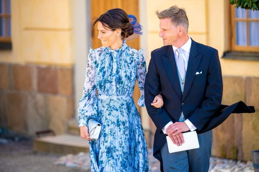 Les parrains du prince Julian, Johan et Stina Andersson, au baptême de leur filleul, samedi 14 août, à Drottningholm.