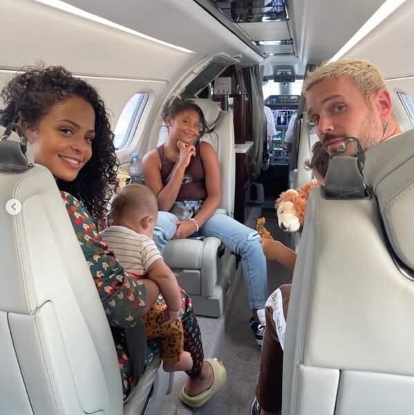 La famille de Matt Pokora a pris l'avion.