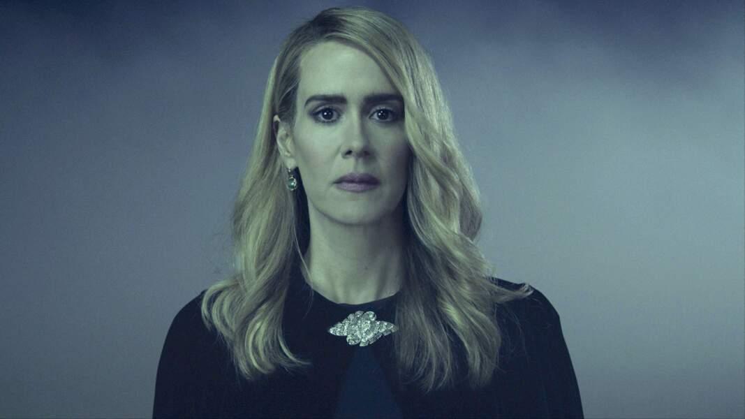 L'actrice est passée par quasiment toutes les saisons d'American Horror Story mais aussi dans American Crime Story : The People vs O.J. Simpson ou encore Ratched
