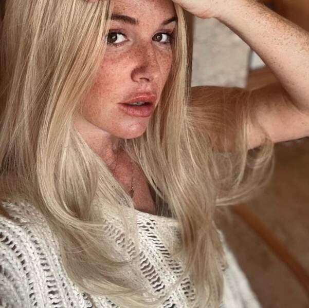 Point cheveux avant de nous quitter : Poppy Montgomery est désormais blonde.