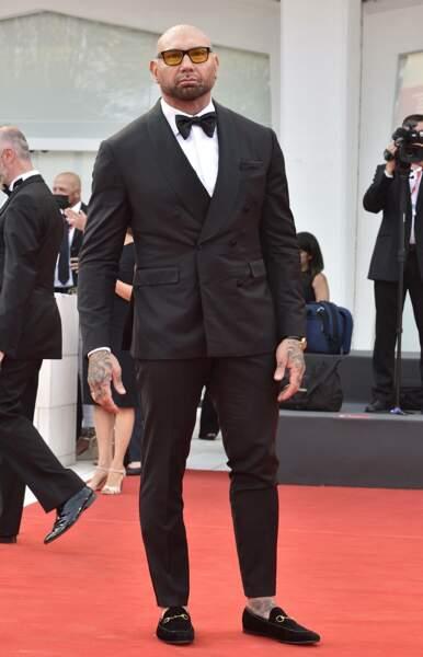 Dave Bautista, qui joue dans Dune, est très sérieux pour le photocall