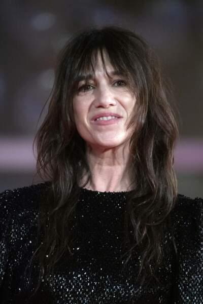 L'actrice portait une superbe robe noire à sequins