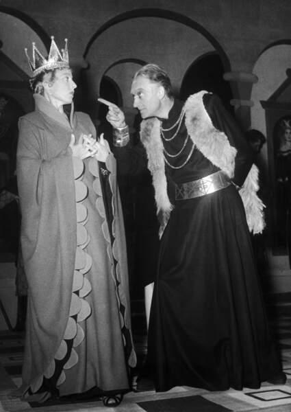 Jean Vilar et Marthe Mercadier dans Henri IV en 1950