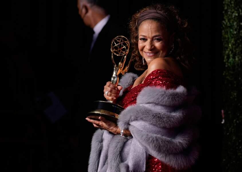 Sa partenaire de Grey's Anatomy, l'actrice et réalisatrice Debbie Allen, a reçu le Governor's Award