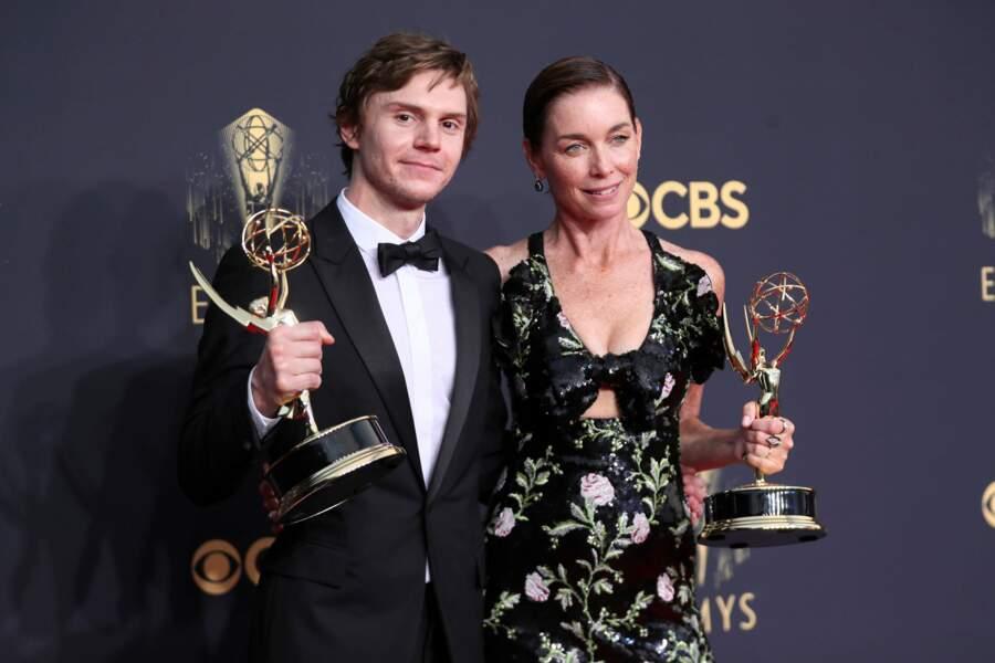 Evan Peters et Julianna Nicholson ont tous les deux été récompensés pour leurs rôles dans Mare of Easttown