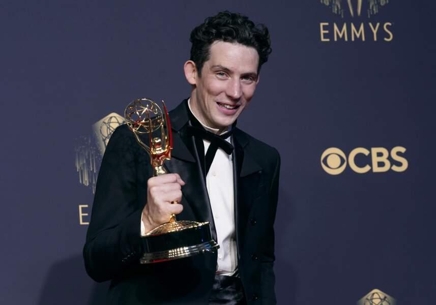 Et le titre de meilleur acteur pour Josh O'Connor, pour son interprétation du prince Charles