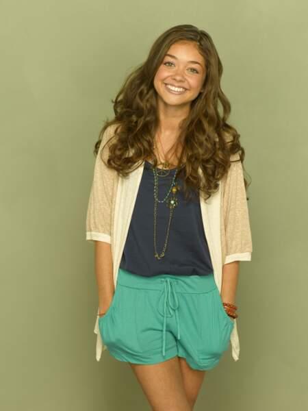Sarah Hyland prend les traits d'Haley Dunphy dès le début de la série alors qu'elle a 19 ans.