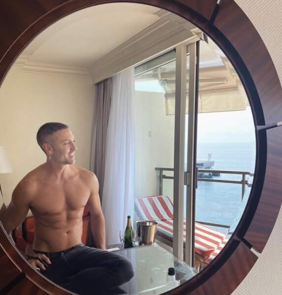 Maxime Dereymez a fait tomber le haut à Monaco.
