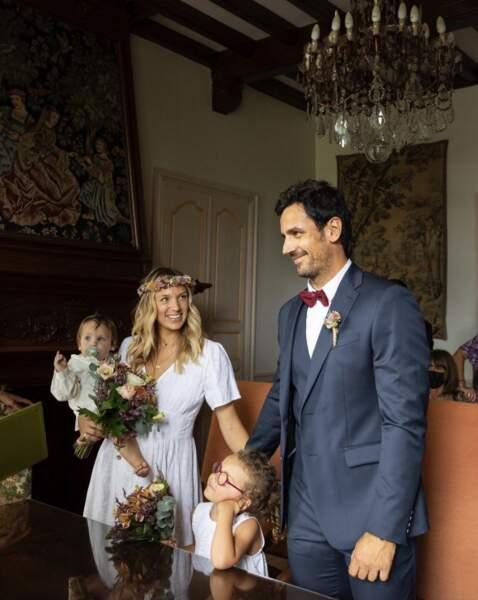 Toutes nos félicitations à Clémentine Sarlat, qui a épousé son conjoint Clément.