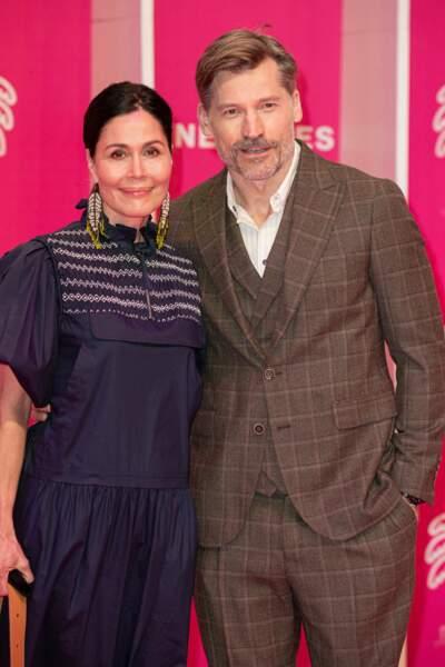 L'acteur danois révélé dans la série Game of Thrones était accompagné de son épouse Nukâka, chanteuse, ex-Miss Groenland et mère de ses enfants.
