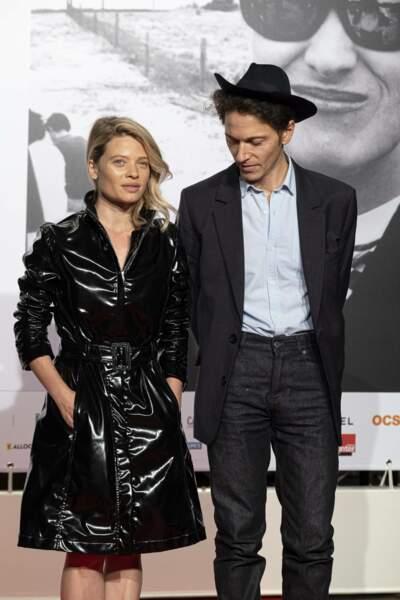 Mélanie Thierry et Raphaël y ont fait une arrivée très remarquée, eux qui sont habituellement discrets à propos de leur couple.